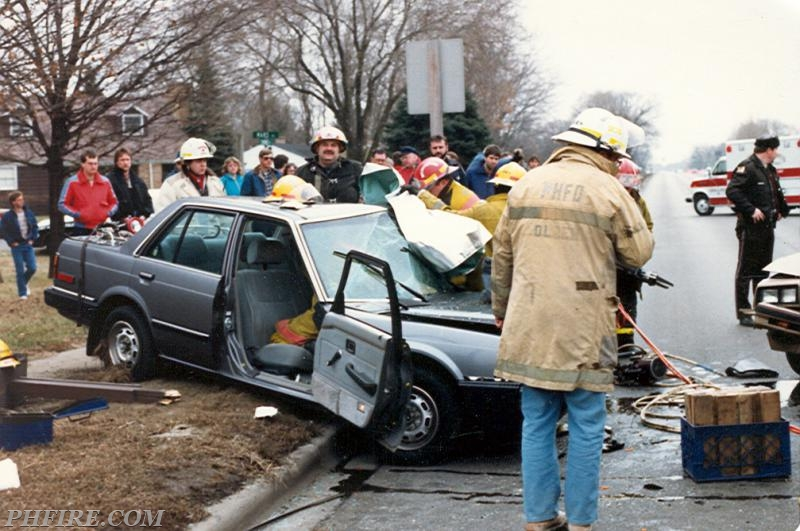 Ron (foreground) at scene of extrication on Christmas Eve (sometime between 1985 and 1987)